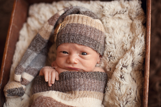 newborn awake shot, awake newborn portraits, beautiful, baby boy, photohraphers, photography, reasonable, best